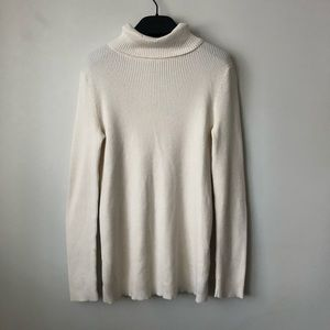Old Navy White Turtleneck